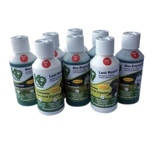 Artificial Grass Cleaner, 28 Day Treatment Kit 8 x 250ml. Treats 20m2. Eliminates Uric Acid Crystals and Controls Toxic Ammonia